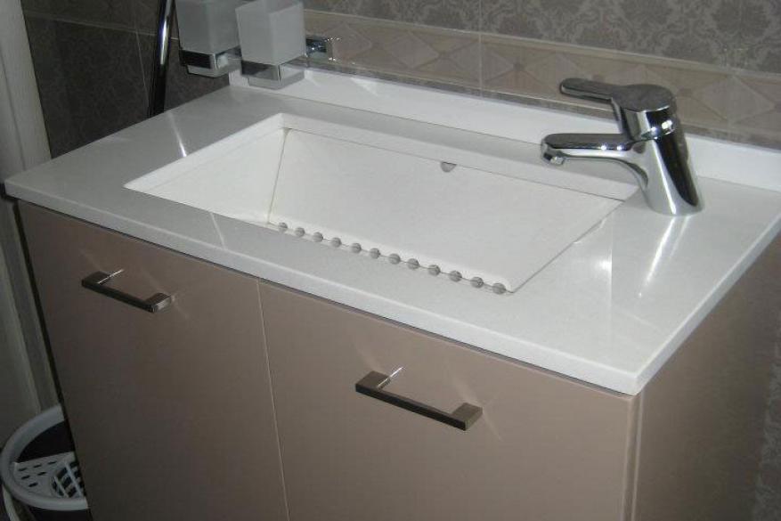 2018 Έπιπλο μπάνιου BIANCO CANVAS HanStone