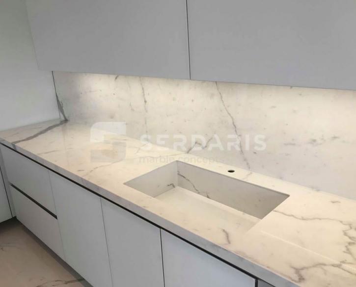 1076 Marmi Bianco Venato Extra IRIS
